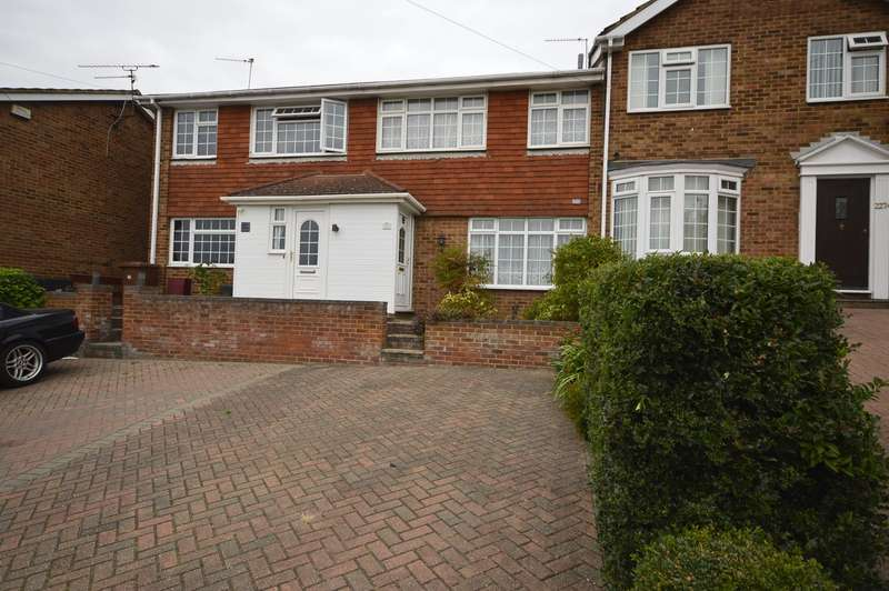 3 Bedrooms House for sale in Knights Road, Hoo, Rochester, Kent, ME3