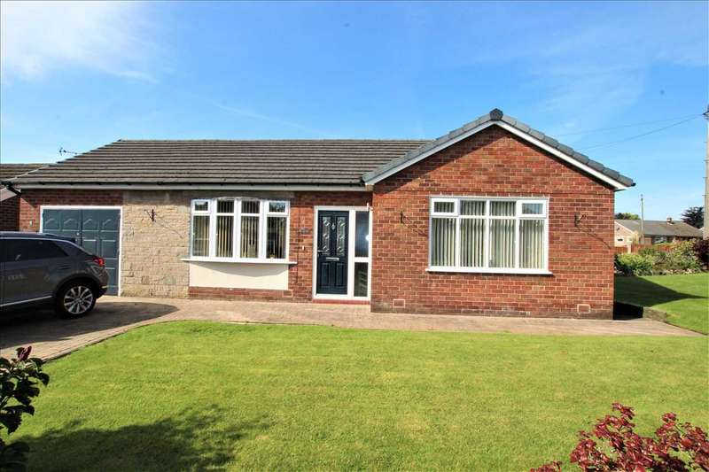 2 Bedrooms Bungalow for sale in Cherrywood Avenue, Over Hulton, Bolton