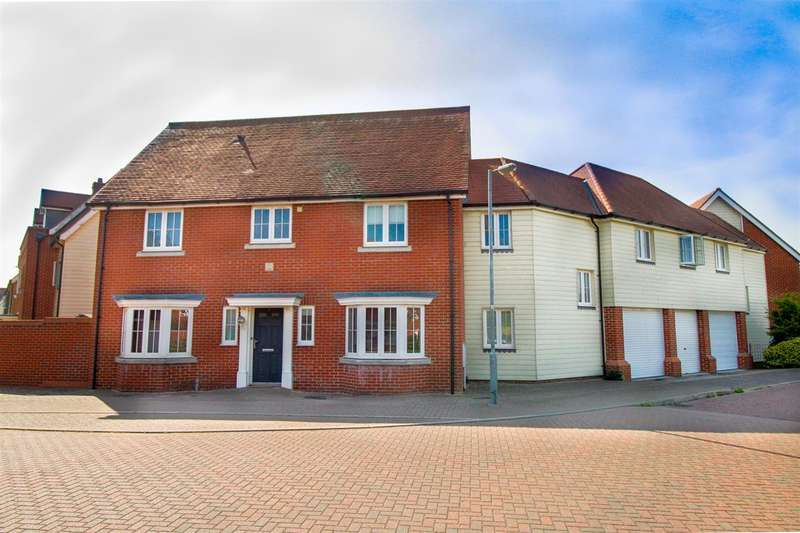 5 Bedrooms Link Detached House for sale in Radvald Chase, Stanway, Colchester, CO3