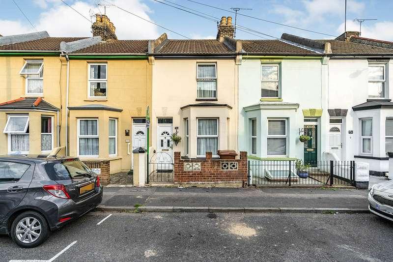 2 Bedrooms House for sale in King Edward Road, Gillingham, Kent, ME7
