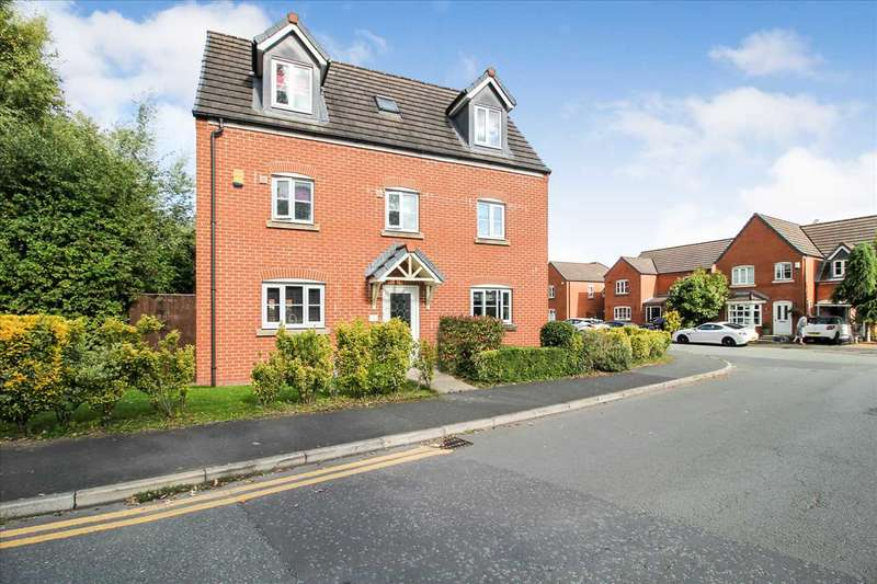 5 Bedrooms Detached House for sale in Chatsworth Fold, Springview, Wigan