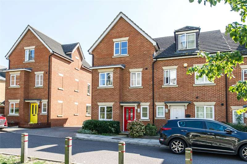4 Bedrooms End Of Terrace House for sale in Silver Streak Way, Strood, Kent, ME2