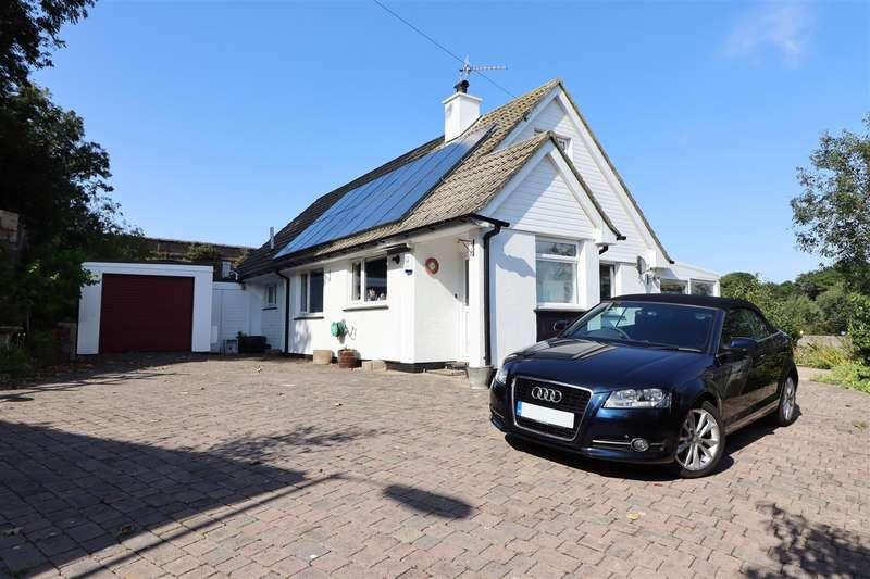 4 Bedrooms Detached House for sale in Truro City