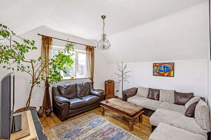 2 Bedrooms Flat for sale in Gleneagle Road, Streatham, London