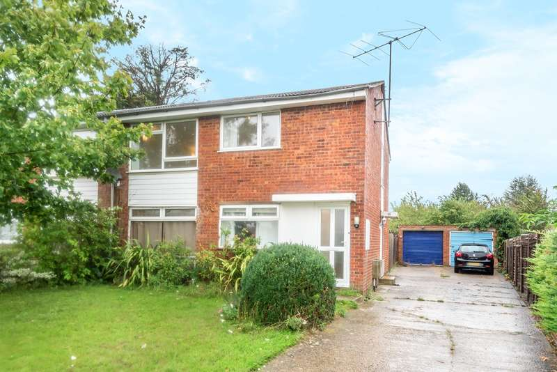 2 Bedrooms Maisonette Flat for sale in Halsey Drive, Hitchin, SG4