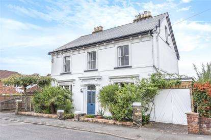 6 Bedrooms Detached House for sale in Derry Downs, Orpington