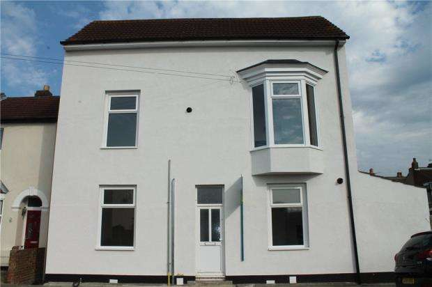 2 Bedrooms Apartment Flat for sale in Drayton Road, Portsmouth