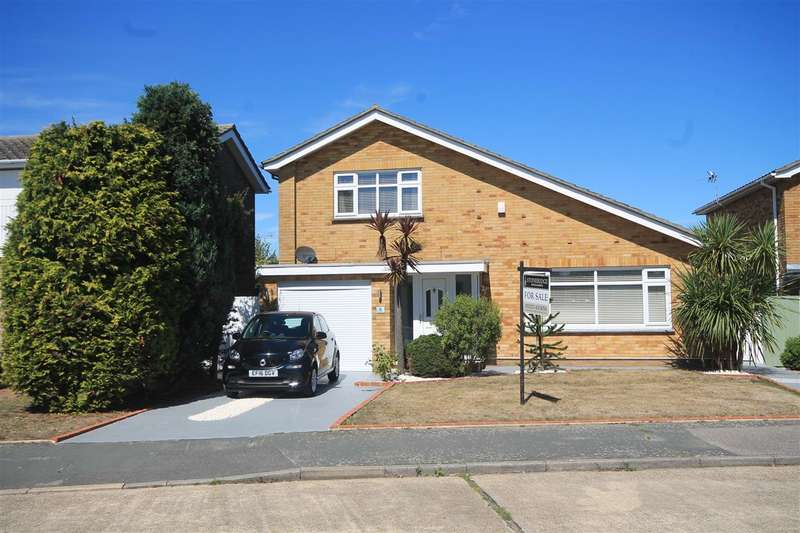 3 Bedrooms House for sale in DECEPTIVELY SPACIOUS, Holland on Sea