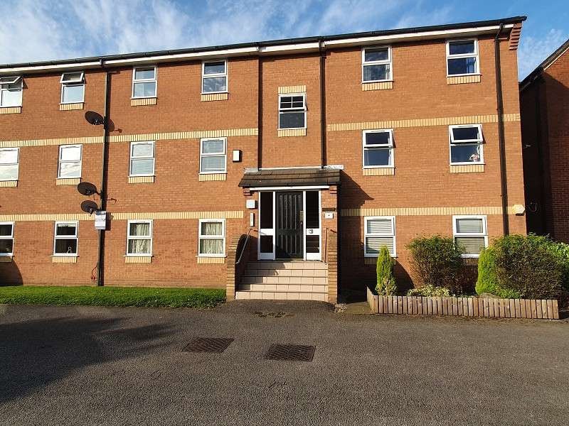 2 Bedrooms Flat for sale in Waterview Park, Leigh, Greater Manchester. WN7 4JS