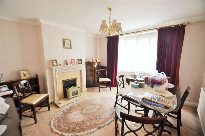 3 Bedrooms Semi Detached House for sale in Syon Lane, Isleworth, Middlesex, TW7 5NQ
