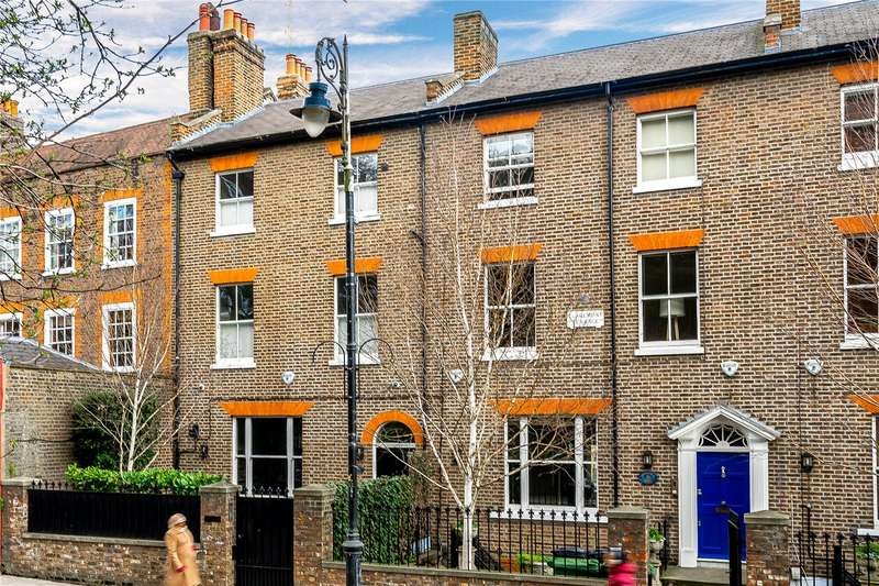 4 Bedrooms Terraced House for sale in Heath Street, Hampstead, London, NW3
