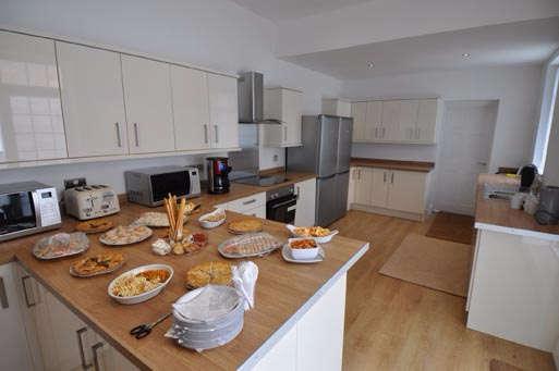 8 Bedrooms Terraced House for rent in Brookside Terrace, Sunderland, SR2