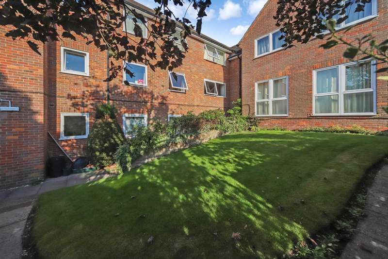 2 Bedrooms Apartment Flat for sale in Western Road, Tring