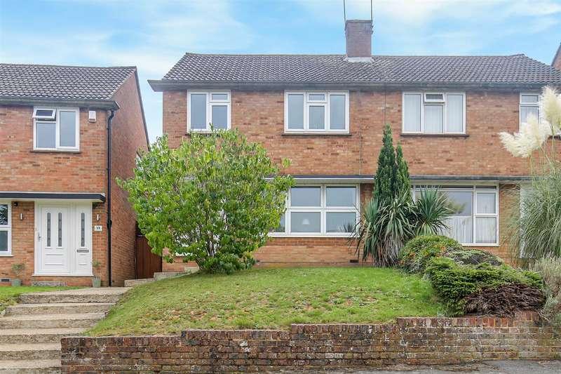 3 Bedrooms Semi Detached House for sale in Croydon Road, Westerham
