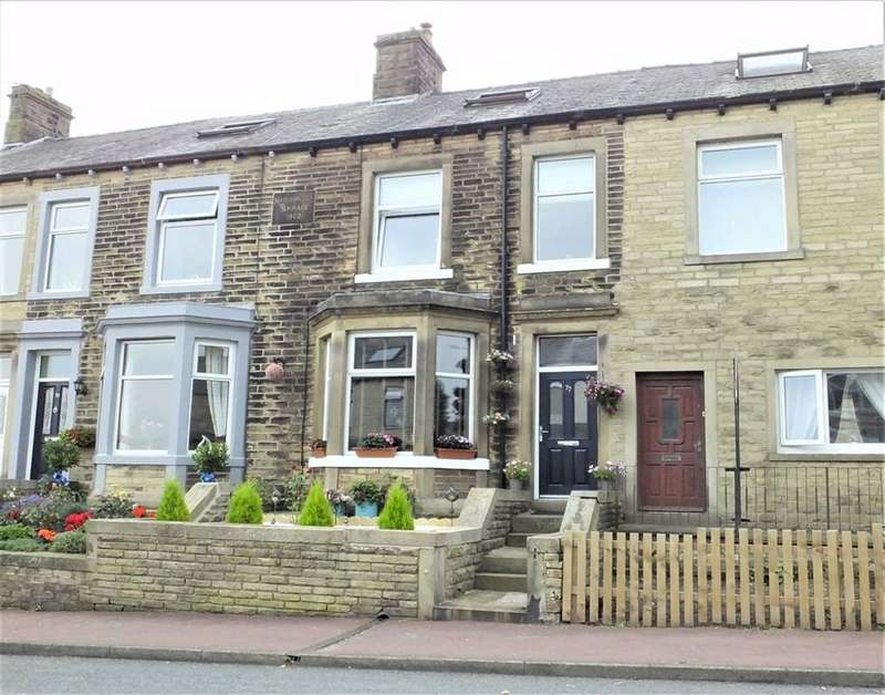 3 Bedrooms Terraced House for sale in Rainhall Road, Barnoldswick, Lancashire, BB18