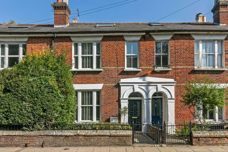 4 Bedrooms Terraced House for sale in North Walls, Winchester, SO23