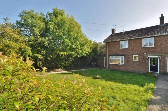 3 Bedrooms Detached House for sale in Thatchers End, Hitchin