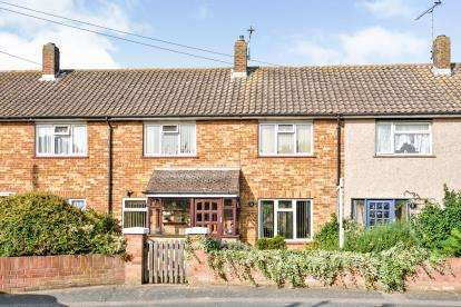 3 Bedrooms Terraced House for sale in Chadwell St Mary, Grays, Essex