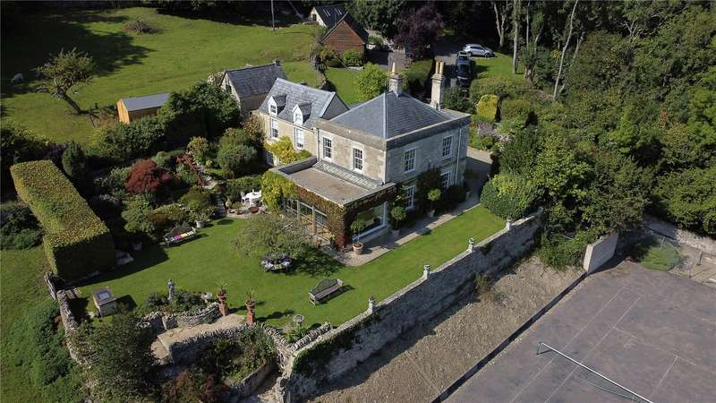 5 Bedrooms Detached House for sale in Bownham, Brimscombe, Stroud, Gloucestershire, GL5