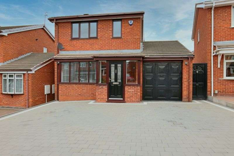 3 Bedrooms Property for sale in Thames Way, Stafford