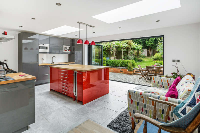 5 Bedrooms Semi Detached House for sale in Croydon Road, Reigate