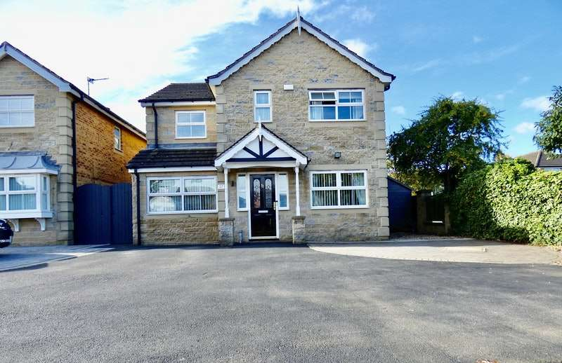 4 Bedrooms Detached House for sale in Meadowgate, Rotherham, South Yorkshire, S63