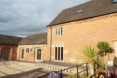 3 Bedrooms House for rent in Old Hall Court, Fradley, Lichfield, WS13 8PA
