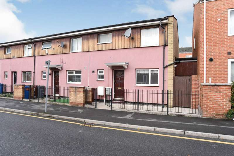 3 Bedrooms End Of Terrace House for sale in Jevington Walk, Manchester, Greater Manchester, M13