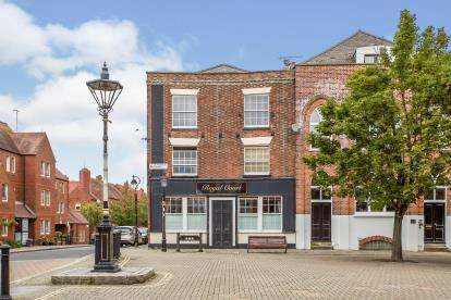 2 Bedrooms Flat for sale in 56 Bugle Street, Southampton, Hampshire