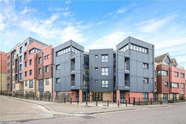 1 Bedroom Apartment Flat for sale in Invito House, 1-7 Bramley Crescent, Gants Hill