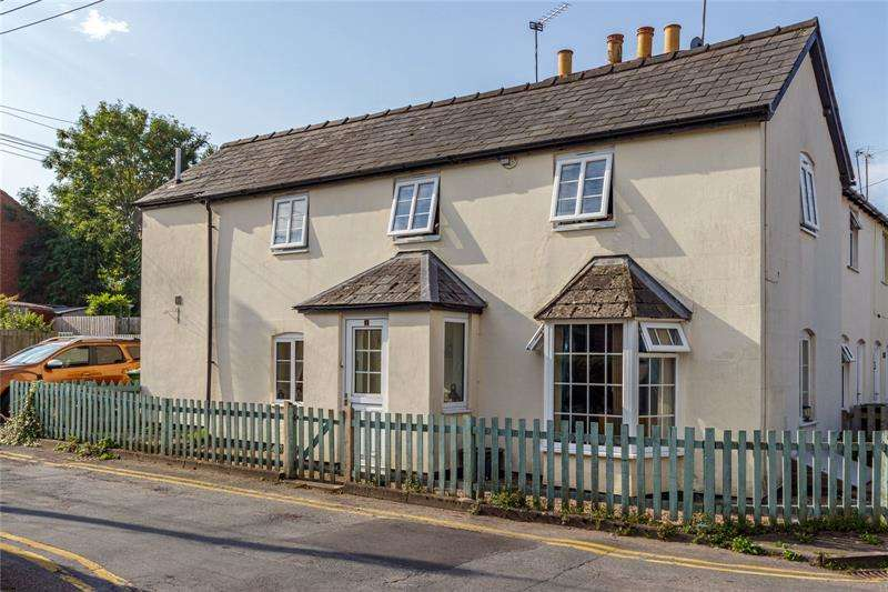 3 Bedrooms Terraced House for sale in Chapel Road, Ross-On-Wye, Herefordshire, HR9