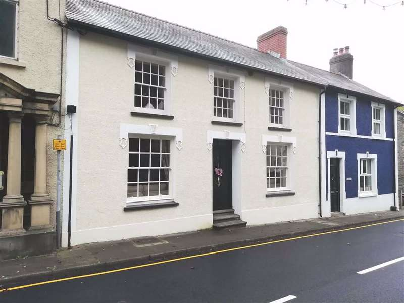4 Bedrooms Terraced House for sale in Bridge Street, Llandysul