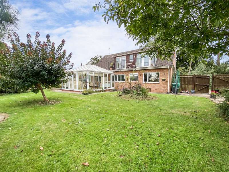 4 Bedrooms Detached House for sale in Walkers Lane, Whittington, Worcester