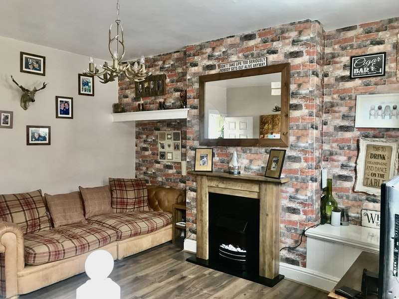 2 Bedrooms Terraced House for sale in Tennyson Road, Doncaster, South Yorkshire, DN5