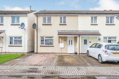 3 Bedrooms Terraced House for sale in Wheatland Drive, Cheltenham, Gloucestershire