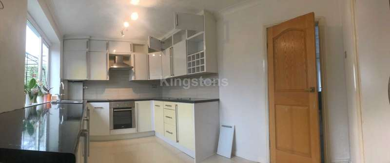 3 Bedrooms Semi Detached House for rent in Cornelly Street, Llandaff North, CF14 2HQ