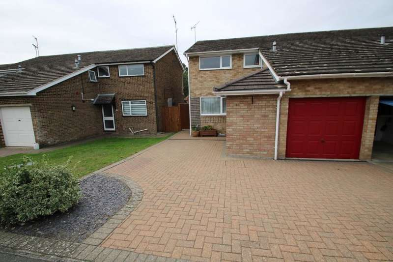 3 Bedrooms Semi Detached House for sale in Sherwood Way Feering