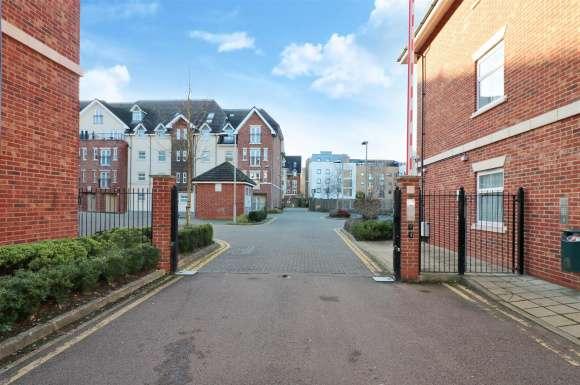 1 Bedroom Property for sale in Townsend Mews, Stevenage