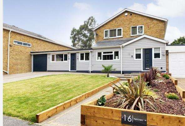 5 Bedrooms House for sale in Fletchers, Basildon