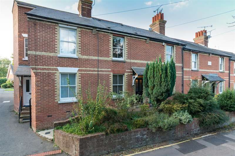 2 Bedrooms Terraced House for sale in Puckle Lane, Canterbury