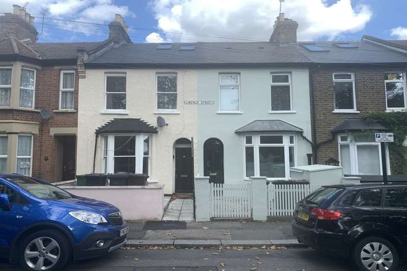5 Bedrooms Property for rent in Lincoln Street, Leytonstone, London, E11