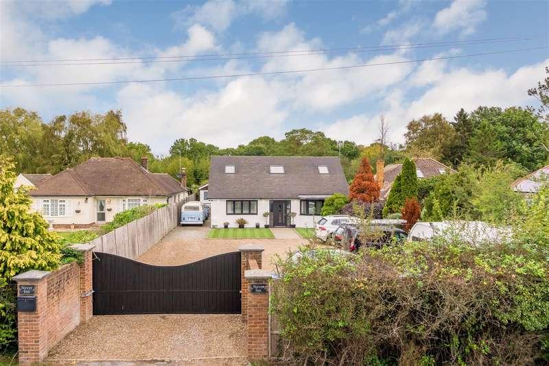 4 Bedrooms Detached Bungalow for sale in Smallfield Road, Horne