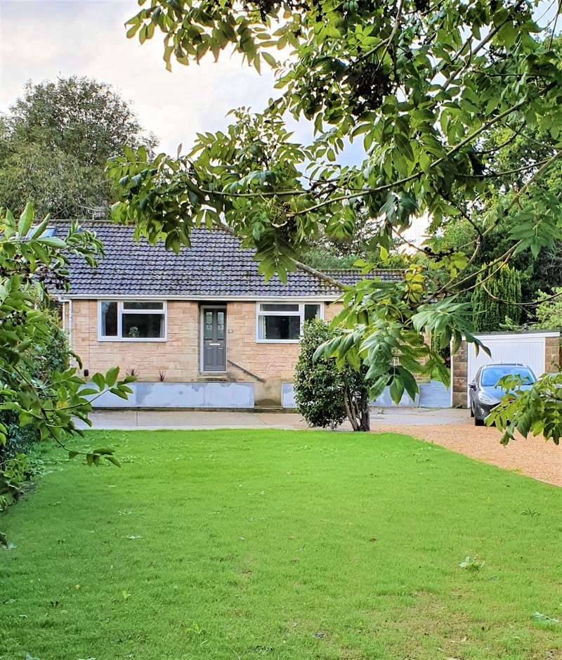 3 Bedrooms Semi Detached Bungalow for sale in Baring Road, Cowes