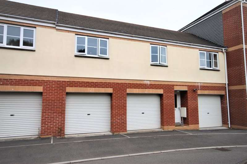 2 Bedrooms Property for sale in Raleigh Drive, Cullompton