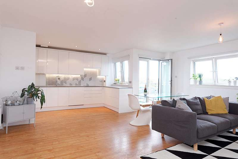 3 Bedrooms Flat for sale in Port Dundas Road, Cowcaddens, Glasgow, G4 0HF