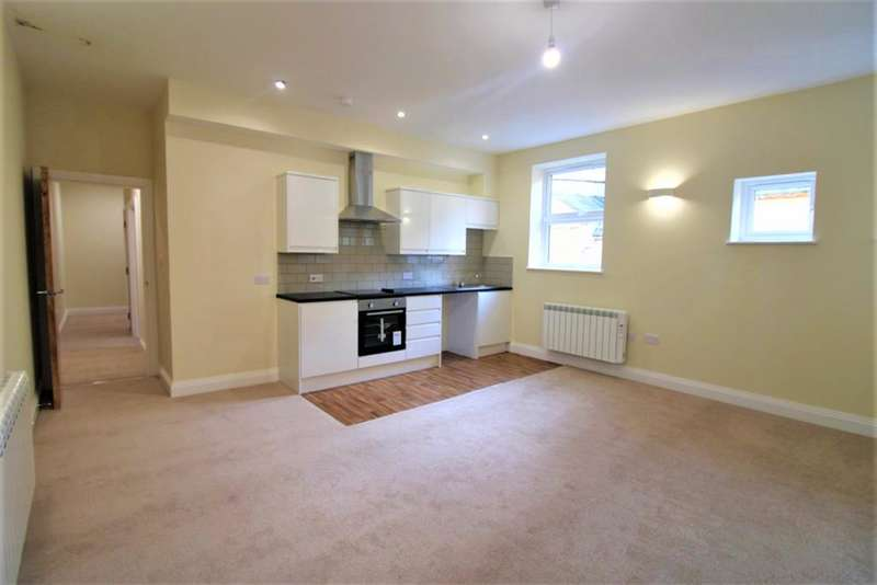 2 Bedrooms Flat for sale in Sandgate Road , Folkestone , Kent , CT20 1DP