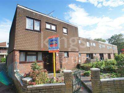 3 Bedrooms House for sale in Mallion Court, Waltham Abbey