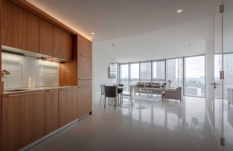 1 Bedroom Apartment Flat for rent in 1, St George Wharf, Vauxhall, London SW8 2DA (SHORT LET)