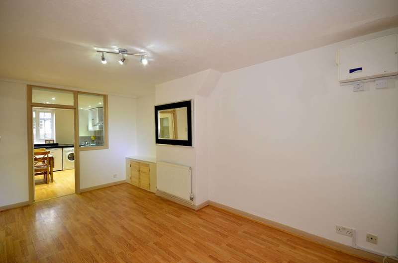 1 Bedroom Flat for rent in St James Lane, Muswell Hill, N10
