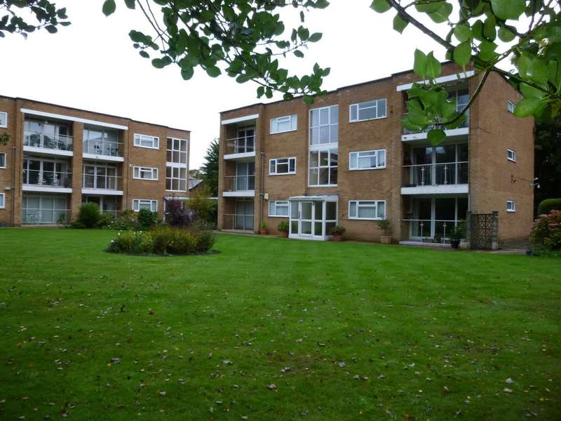 2 Bedrooms Apartment Flat for rent in Westwood Court Waterford Rd Oxton Wirral